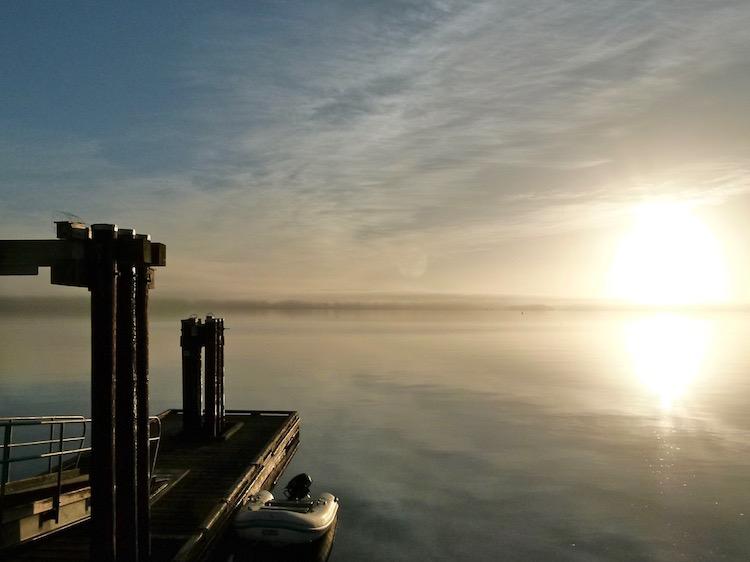 autumn dock 750